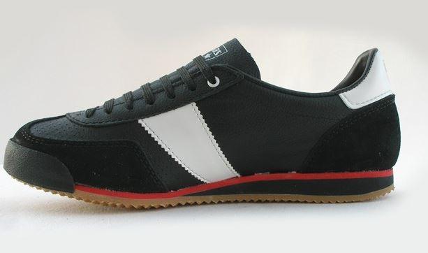 90a02e40098 ... Botas Classic Premium černá nohejbalová obuv ...