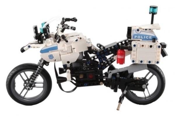Policejní motorka- stavebnice na dálkové ovládání